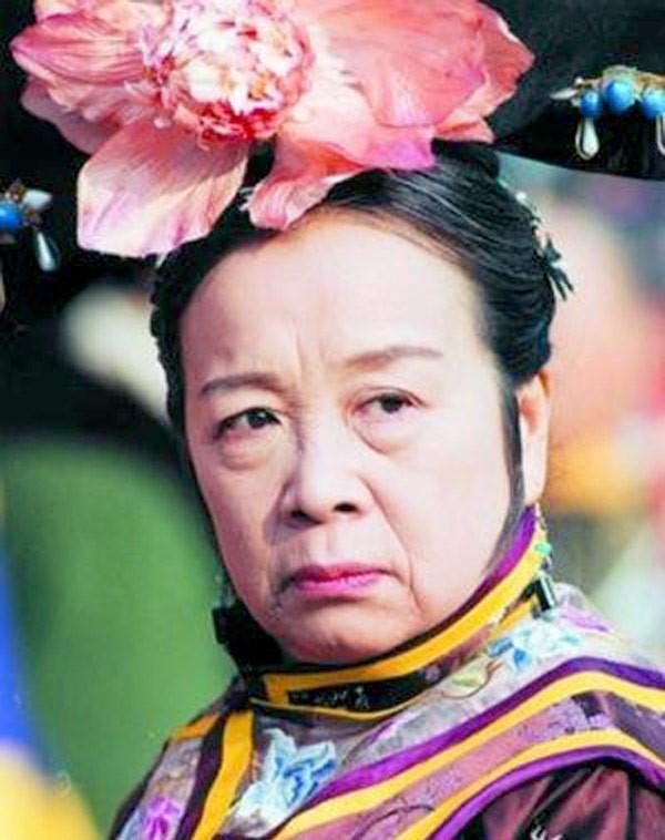 So sánh Dung Ma Ma của Hoàn Châu Cách Cách và Diên hi công lược: Cuộc dậy thì thất bại nhất! - Ảnh 5.
