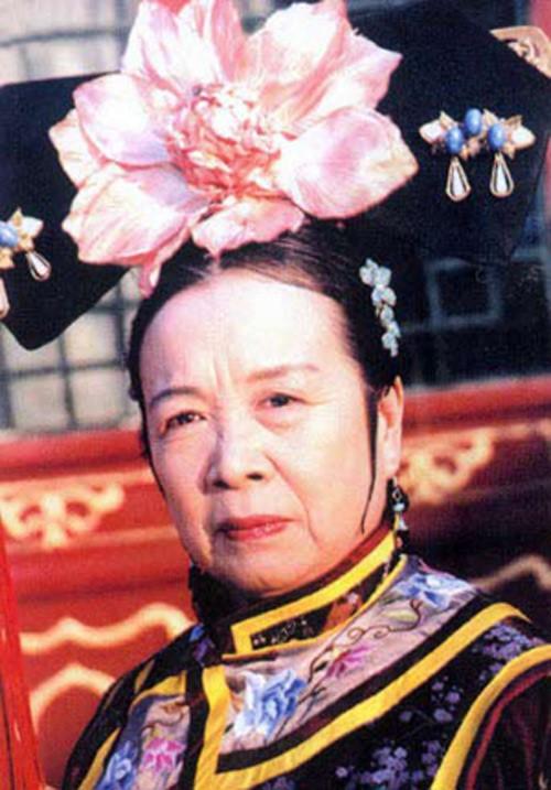 So sánh Dung Ma Ma của Hoàn Châu Cách Cách và Diên hi công lược: Cuộc dậy thì thất bại nhất! - Ảnh 6.