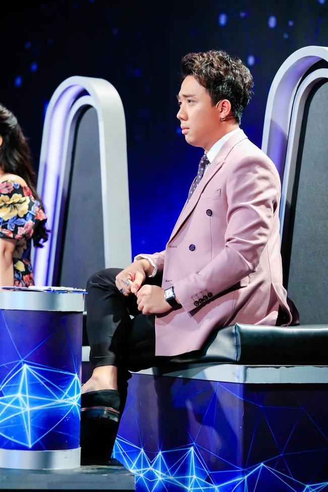 Trấn Thành thẳng thừng phê bình đàn chị Minh Tuyết ngang ngược ngay trên sóng truyền hình - Ảnh 3.
