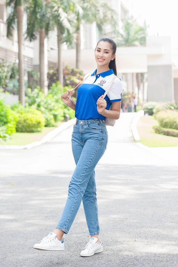 Là Hoa hậu nhưng Trần Tiểu Vy vẫn một mực trung thành với món đồ từ thời còn là nữ sinh này - Ảnh 7.