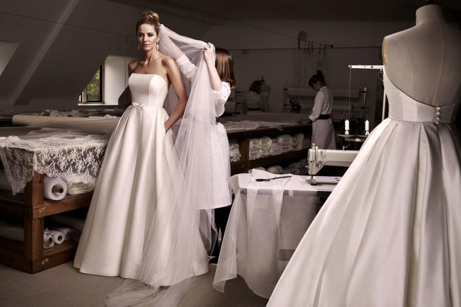 Váy cưới có túi 2