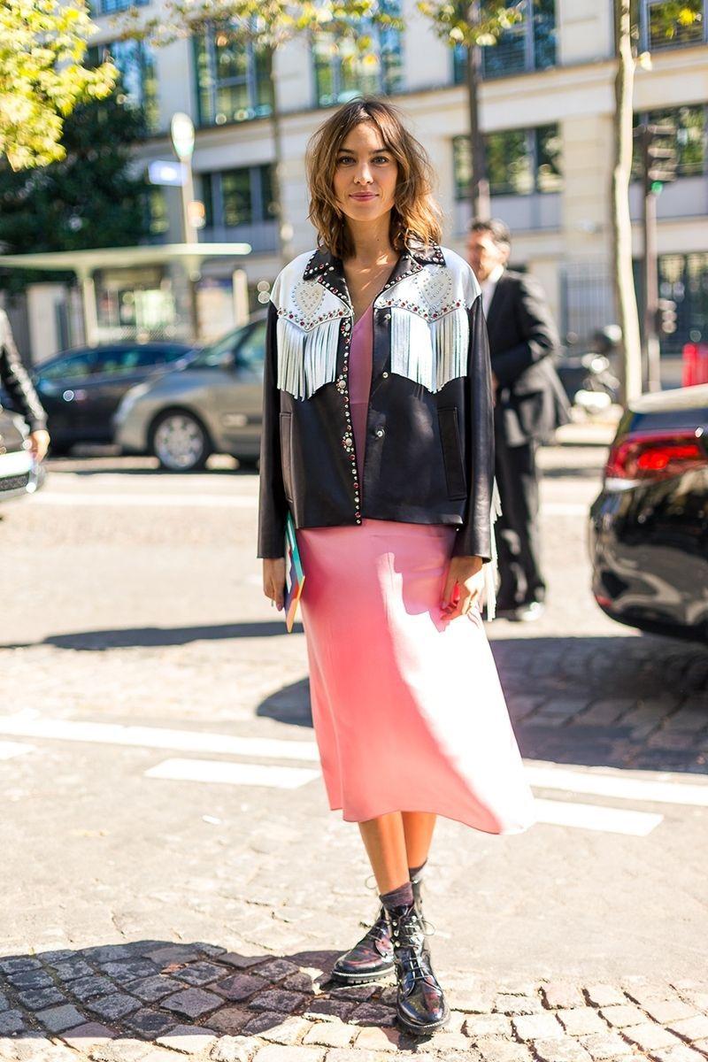 trang phục màu hồng millennial 23