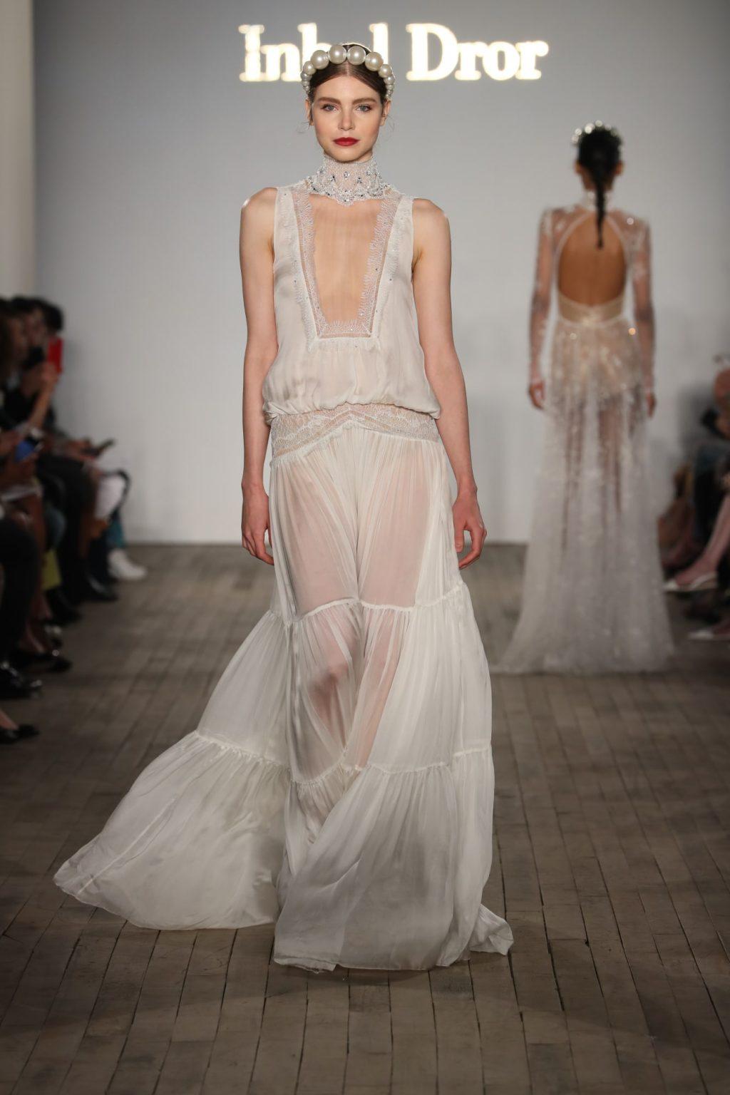 Xu hướng thời trang cưới lấy cảm hứng từ váy cưới của Chiara Ferragni và Meghan Markle 23