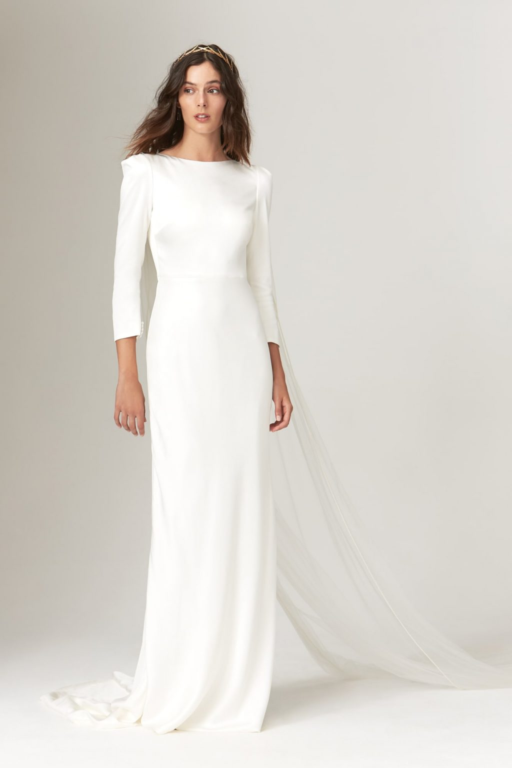 Xu hướng thời trang cưới lấy cảm hứng từ váy cưới của Chiara Ferragni và Meghan Markle 15