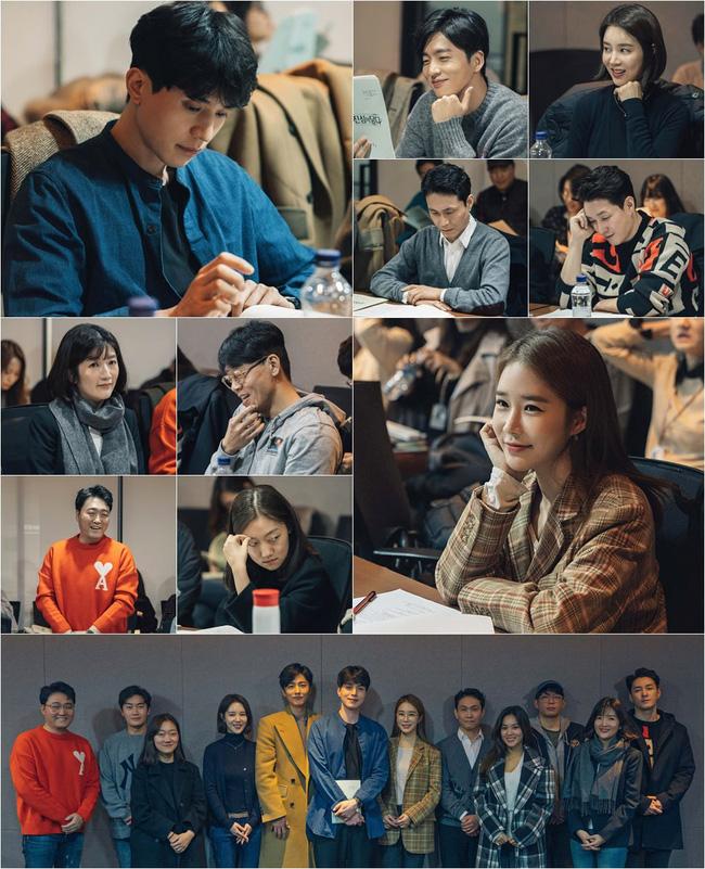 Cặp đôi nhan sắc Lee Dong Wook - Yoo In Na đẹp hết nấc trong buổi đọc kịch bản phim mới - Ảnh 2.