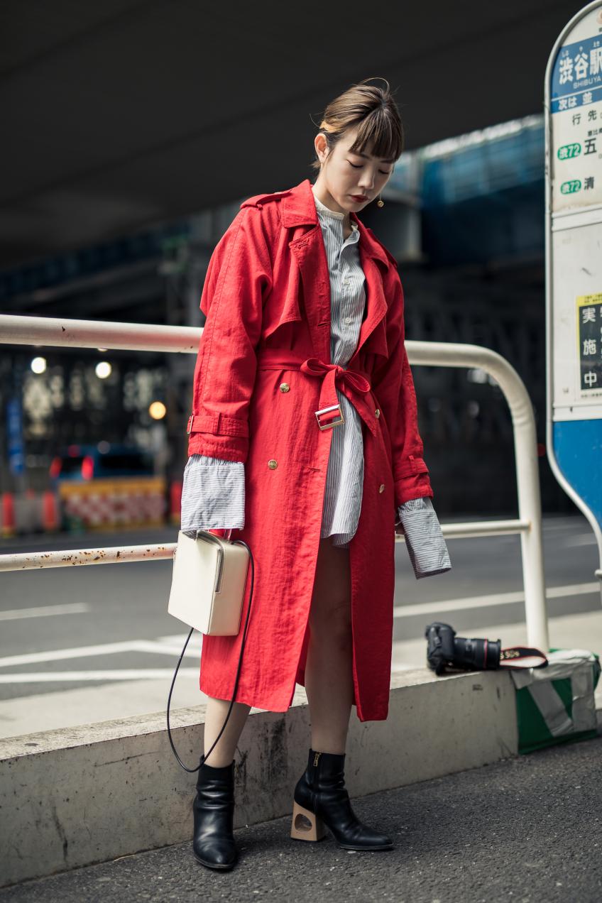 Những mẫu áo trench coat lên ngôi trong mùa mốt Thu – Đông 2018 24