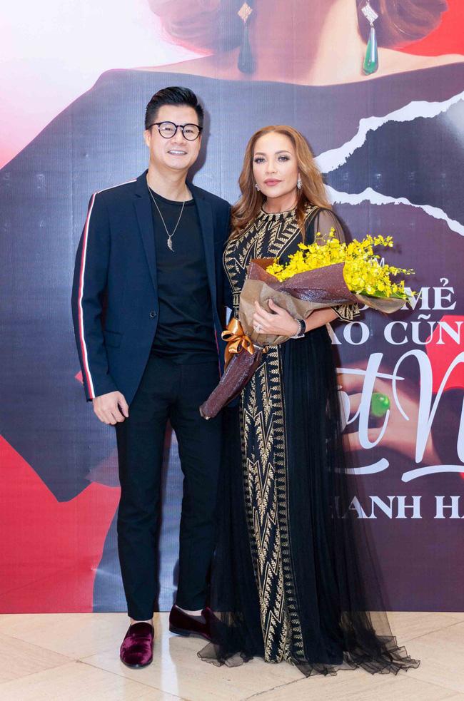 Thanh Hà xúc động cầu hôn bạn trai kém tuổi trong buổi ra mắt album mới - Ảnh 11.