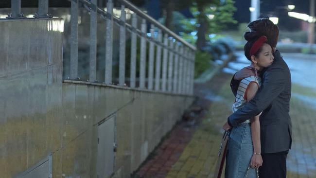 Mối tình đầu của tôi: Lan Ngọc rớt nước mắt khi chứng kiến Bình An ôm Chi Pu - Ảnh 11.