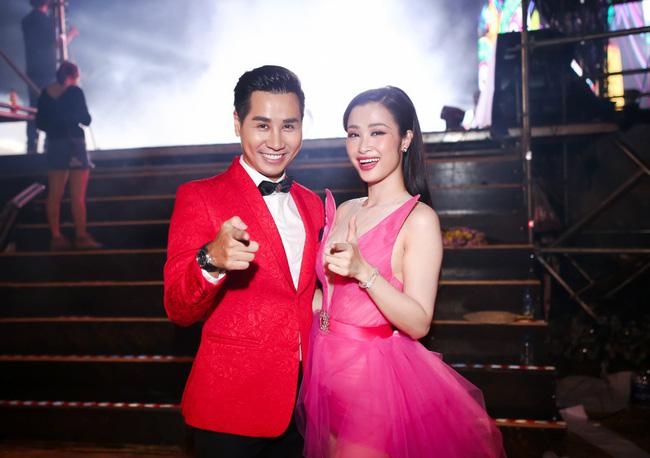 Nguyên Khang bất ngờ hứa làm MC đám cưới cho Đông Nhi - Ảnh 6.