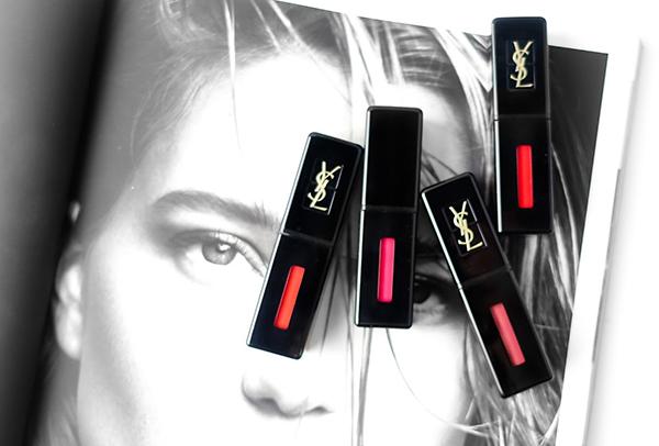 Là đại diện đắt đỏ bậc nhất trong các dòng son tint, YSL Vinyl Cream Lip Stain mang đến cho bạn cảm giác sang chảnh thật sự ngay từ lúc cầm trên tay cho đến khi sử dụng. Thân son màu đen bóng, chạm logo quyền lực của YSL và tiết lộ cả màu son phía trong.