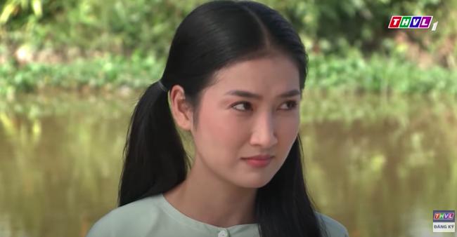 """""""Luật trời"""" tập 15: Cậu chủ Tiến ức hiếp Bích (Quỳnh Lam) nào ngờ nhận cái kết đắng, tim lại còn rung rinh - Ảnh 3."""