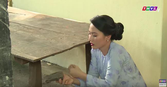 """""""Luật trời"""": Yêu thầm cô hầu xinh đẹp Bích (Quỳnh Lam), Tiến giống hệt Khải Duy của """"Tiếng sét trong mưa"""" - Ảnh 3."""