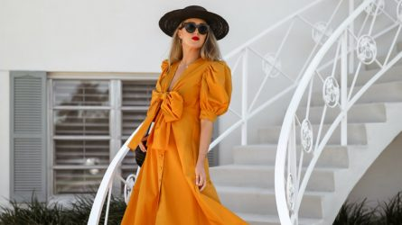4 tông màu kết đôi hoàn hảo với trang phục vàng mù tạt
