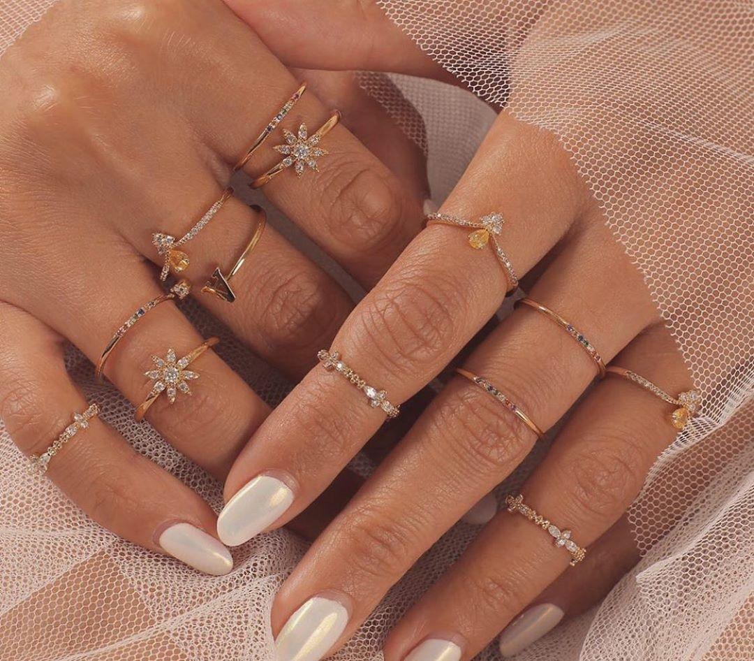 Nhẫn nữ midi đính kim cương