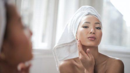 Ảnh hưởng của thói quen đắp mặt nạ đối với sức khoẻ của làn da