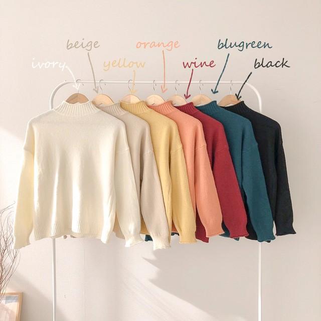 Chỉ là 2 dáng áo len cơ bản nhưng lại có sức mạnh cải thiện style ghê gớm, có đủ thì bạn khỏi lo mỗi sáng mặc gì - Ảnh 2.