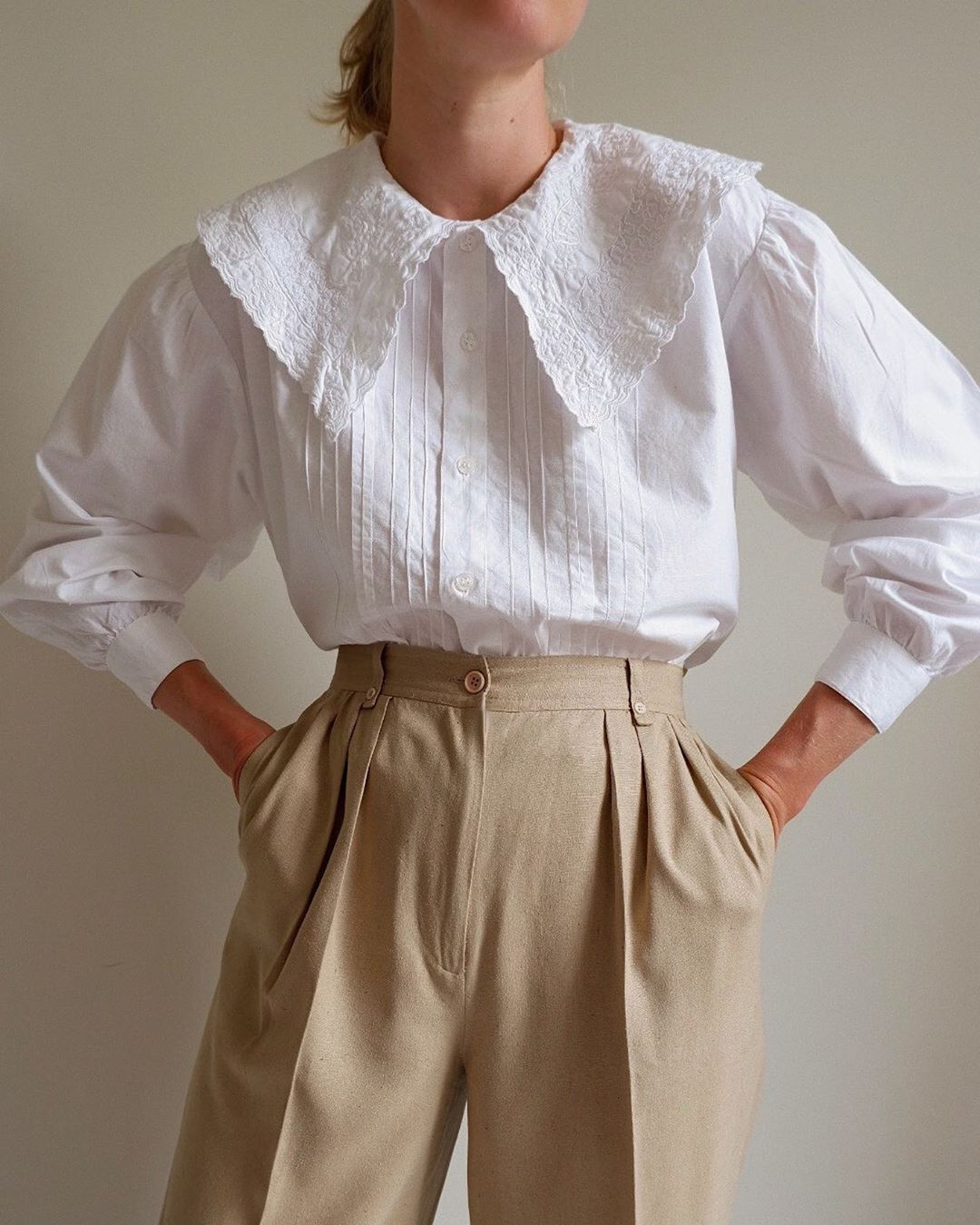 cổ áo peterpan ren trắng