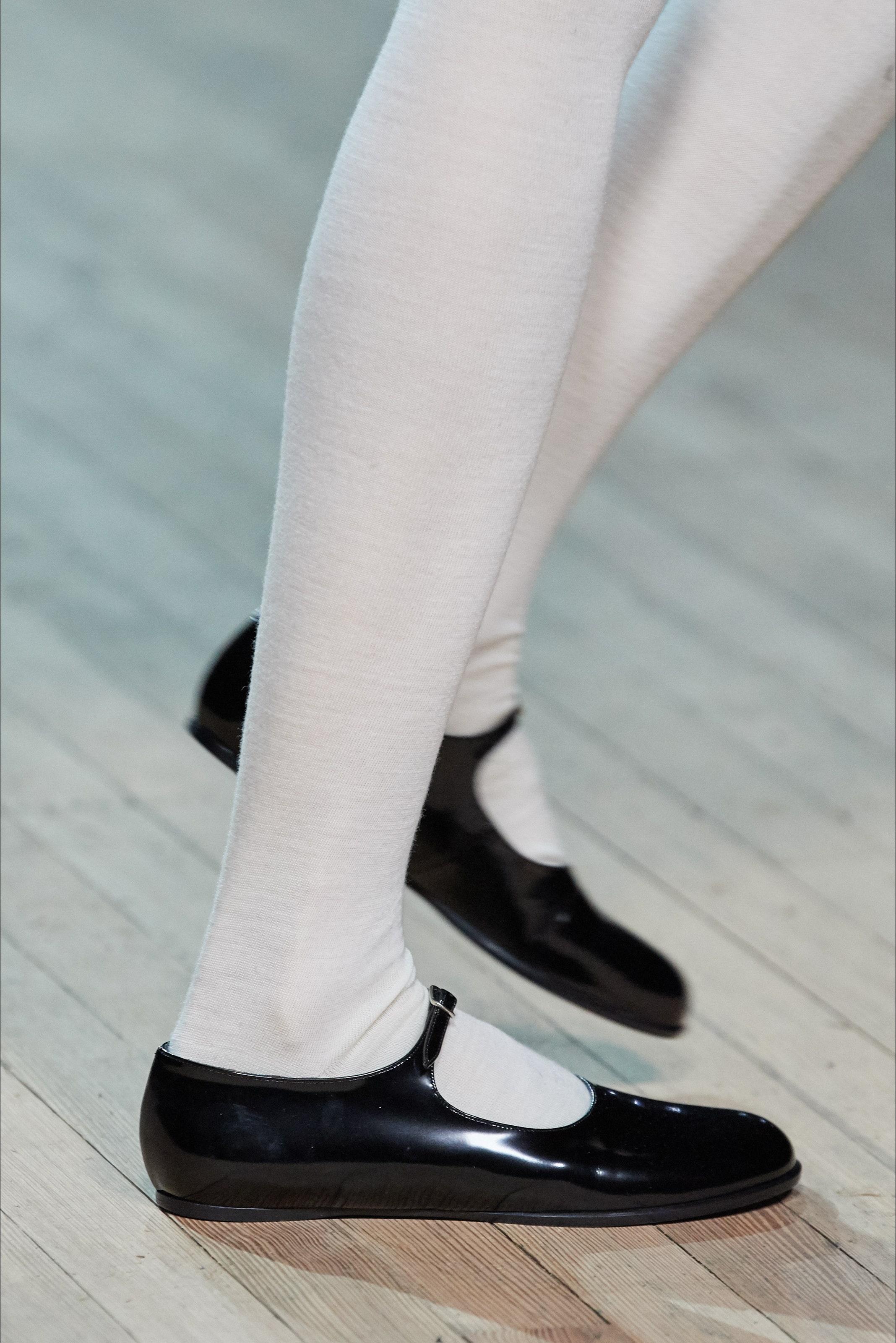 Giày búp bê Mary Jane trong BST Thu - Đông của Marc Jacobs 2020