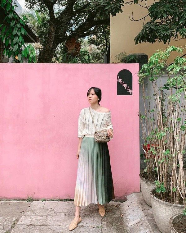 Kiểu chân váy được biên tập viên Thu Hương ưa chuộng - Ảnh 11.
