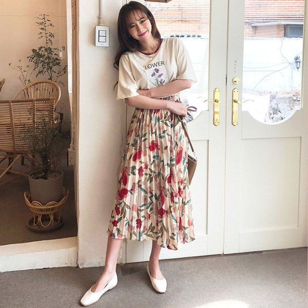 Kiểu chân váy được biên tập viên Thu Hương ưa chuộng - Ảnh 13.