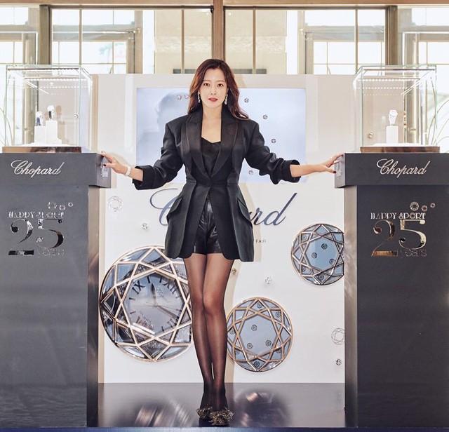 Ở tuổi 43, Kim Hee Sun giữ gìn vóc dáng và làn da búng ra sữa bằng nguyên liệu quen thuộc mà ai cũng biết - Ảnh 13.