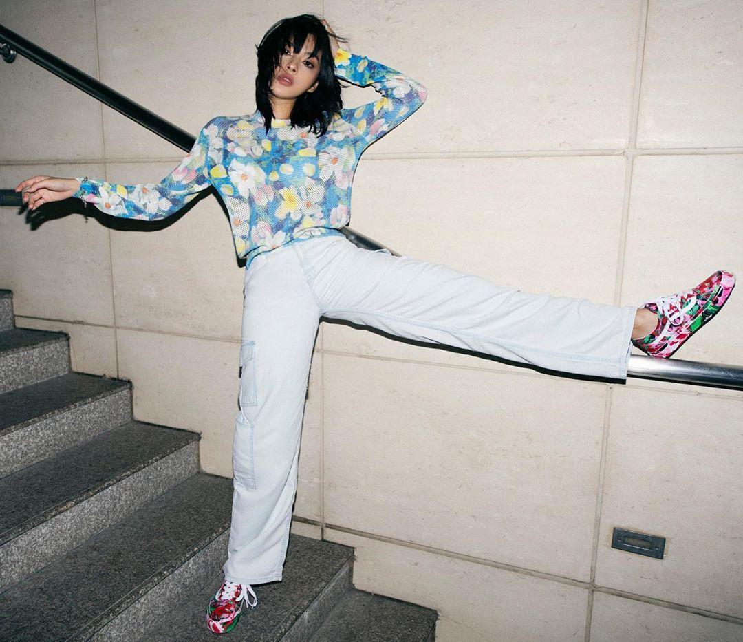 tú hảo mặc áo kenzo phong cách thời trang streetwear