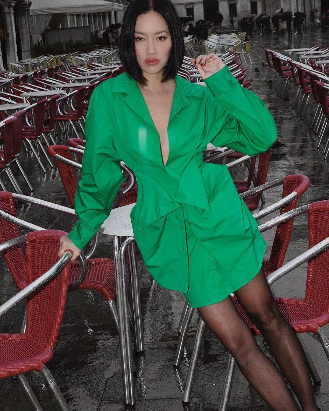 màu xanh mint thời trang xuân hè 2021