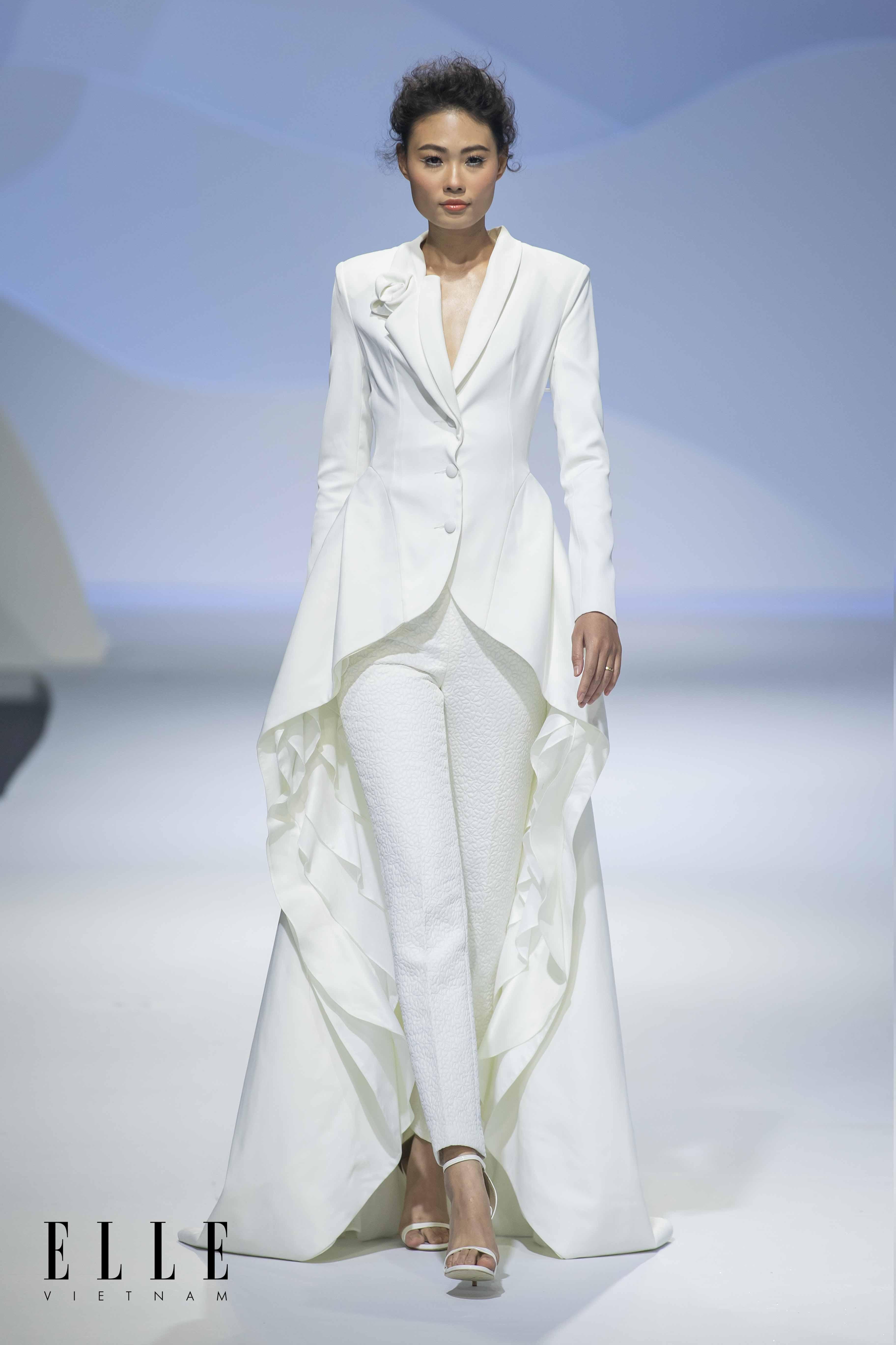 váy cưới âu phục NTK Trương Thanh Hải